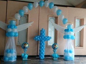 Adornos con globos decoraci n con globos puebla - Decoracion con bombas para bautizo ...